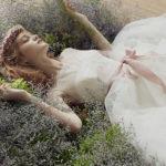 ふんわりチュールの大人可愛い♡花嫁さまの魅力を引き出すチュールウェディングドレスに注目**