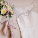 【ドレス選びをこだわりたい花嫁さま必見!】知ってる?ウェディングドレスをかしこく格安に手に入れる方法をご紹介**