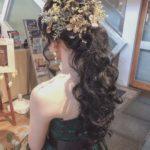 「大人かわいいっ♩」と大人気のゴールドのヘアアクセ特集♡