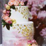 おしゃれ花嫁さまにおすすめ!\ゴールドウェディングケーキ**/はいかが?♡