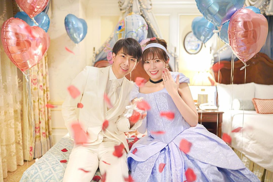 ディズニー大好きYouTuber「あいにゃん」がシンデレラ風ドレスで婚約発表♡ | Dressy(ドレシー)byプラコレウェディング